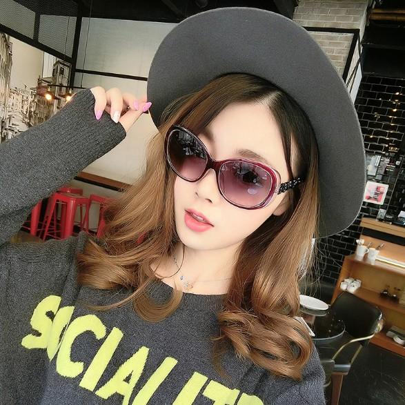 19 (Free Sunglass Case)Fashion sunglasses UV protection